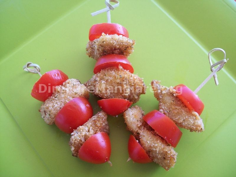 Spiedini di pollo finger food