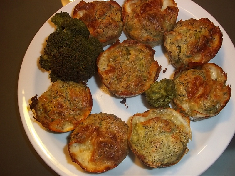Muffin salati ai broccoli